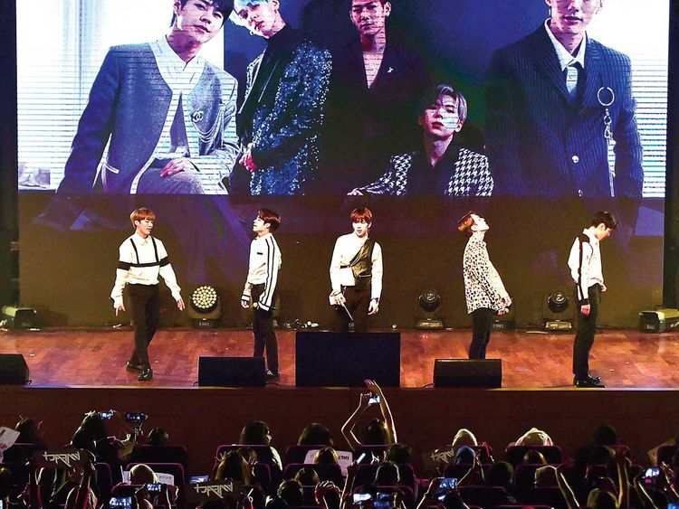 190428 IMFACT performing live.