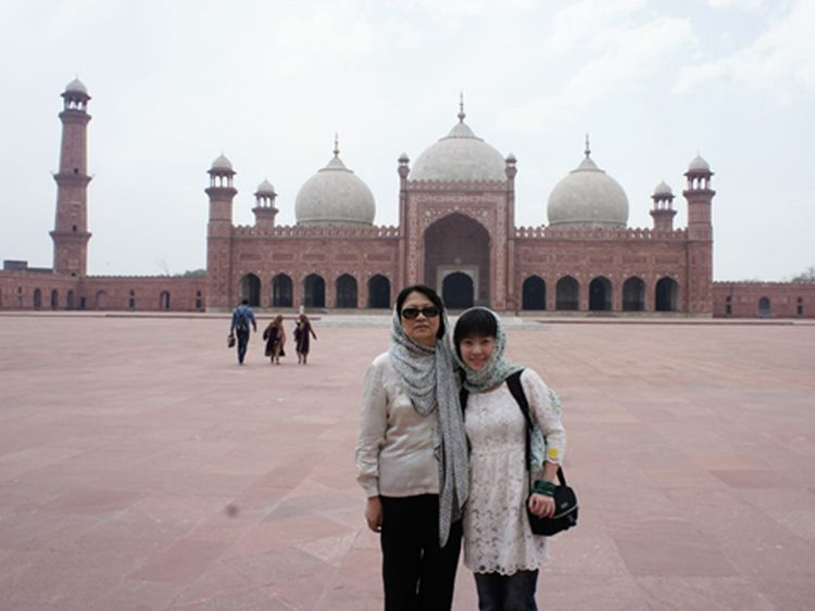 RDS_190428_Chinese_woman_hosts_Pak_travel_show_9-1556447576120