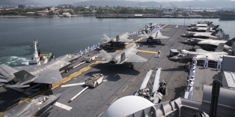 USS Wasp F35s 0001