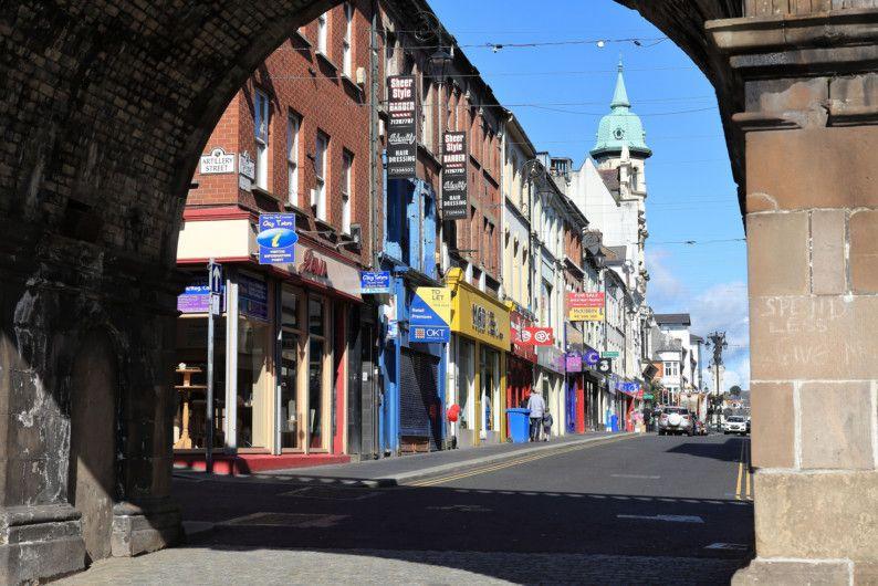 OPN_Ireland_street-1556541212184