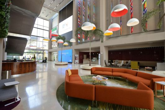 NAT_190430_Dubai_American_Academy__DAA_Facilities_-_entrance_hall-1556618478874