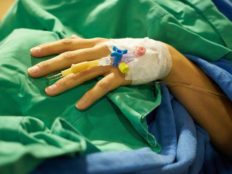 surgery-3031541_1920 coma