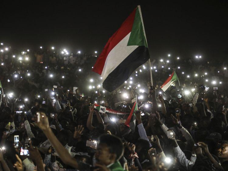 OPN_Sudan_protests-1556713057026
