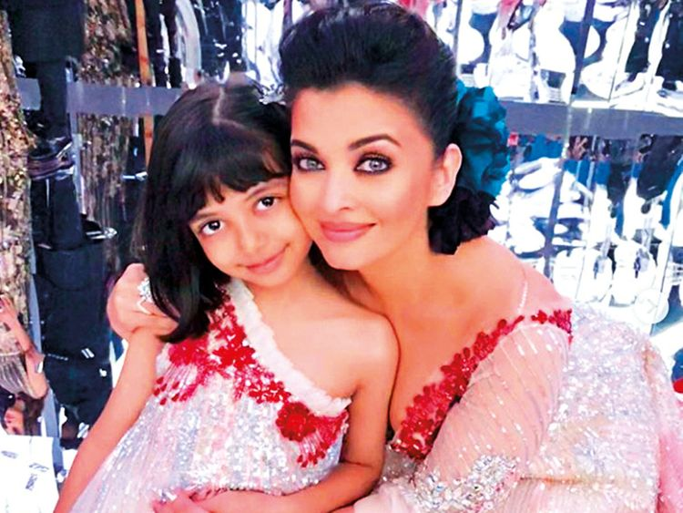 Aishwarya Rai Trolled For Holding Daughter's Hand