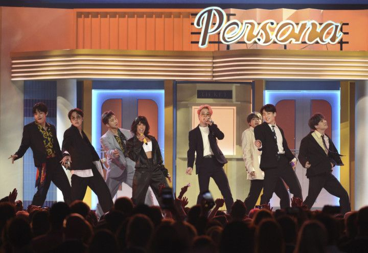tab_BTS_Billboard_Music_Awards2-1556776589229