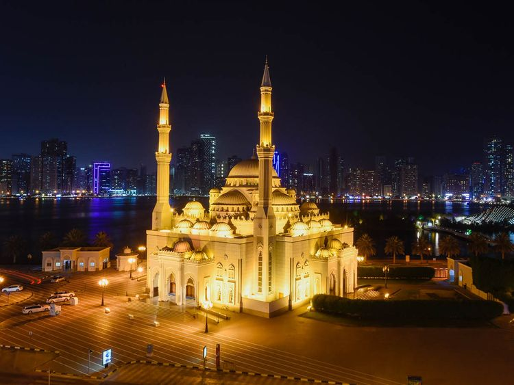 Al Noor mosque at Sharjah Buhairah Corniche