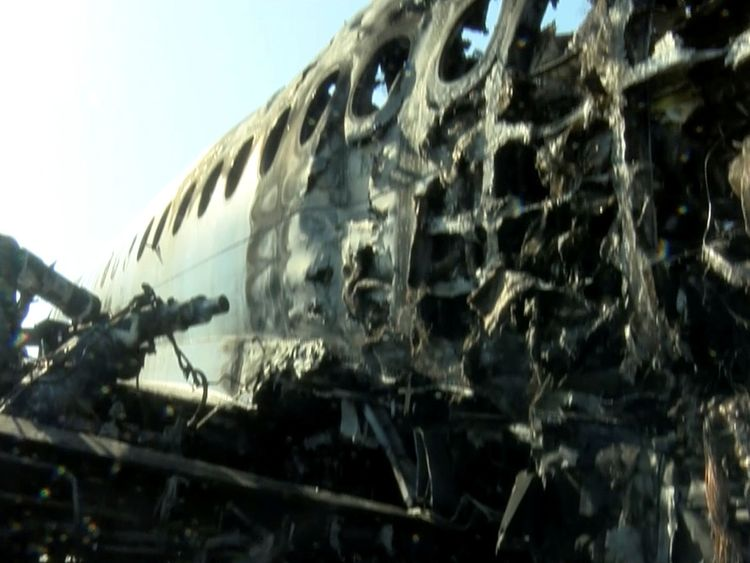 190506-A burnt-out Aeroflot Sukhoi Superjet 100 passenger plane
