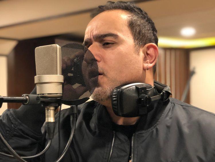 Abbas_Ali_Khan_recording_'Taare'-1557124278817