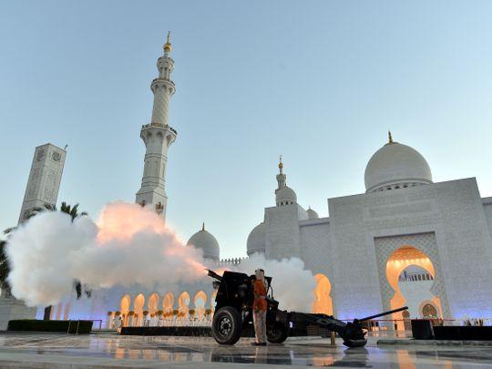 RDS_190506 Ramadan Cannon 5 news