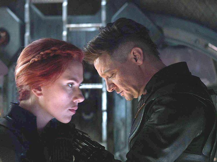 tab__Scarlett Johansson and Jeremy Renner in Avengers Endgame (2019)..-1557126560706