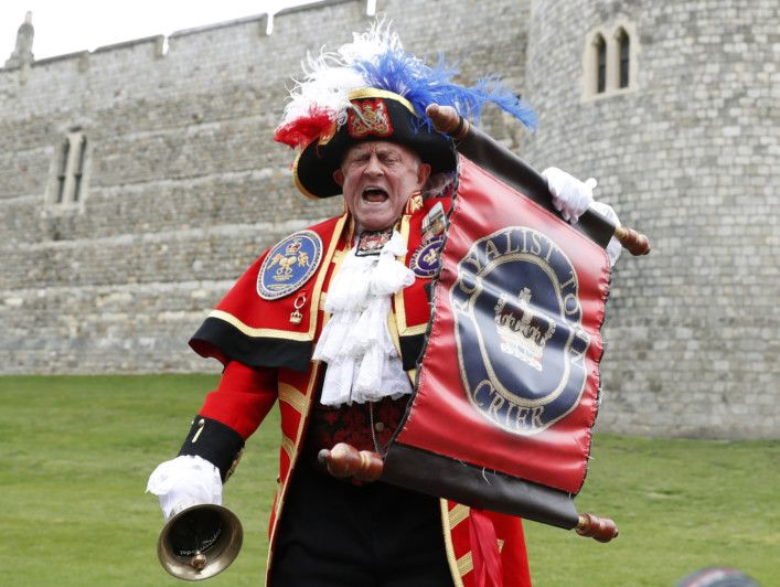 tab  Palace announcement  Britain_Royal_Baby_09722.jpg-243cd-1557216139828