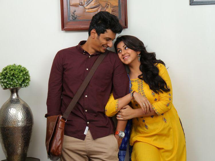 Jiiva with Nikki Galrani in Kee-1557297138053