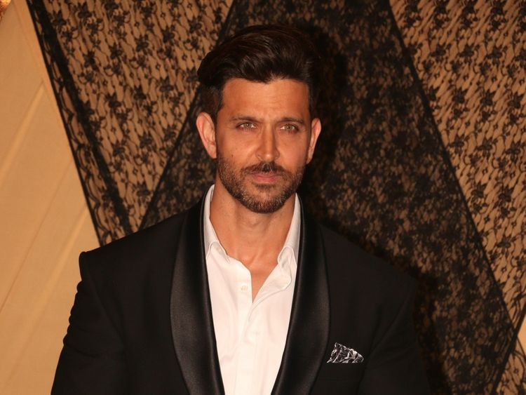 Hrithik Moves Film Release Date To Avoid Clash With Kangana S