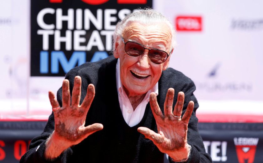 tab PEOPLE-STAN-LEE-1557817704824