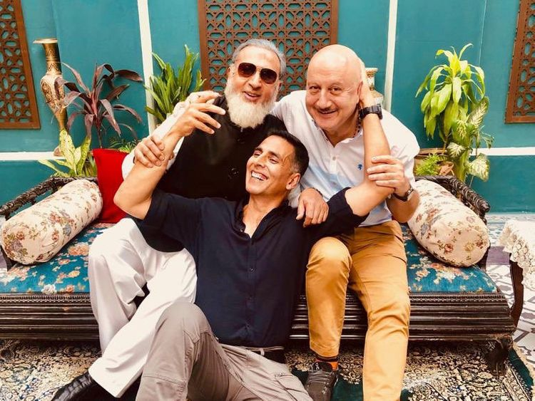 tab Akshay with Anupam and Gulshan twitter-1557902253235