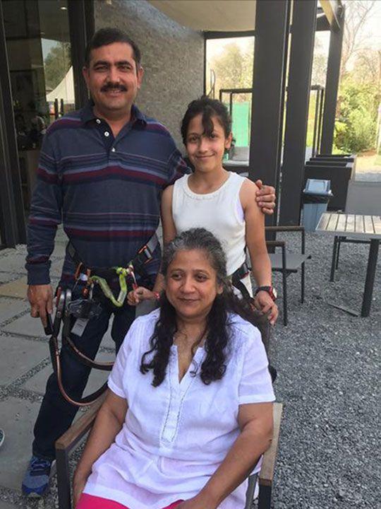 Naureen with family