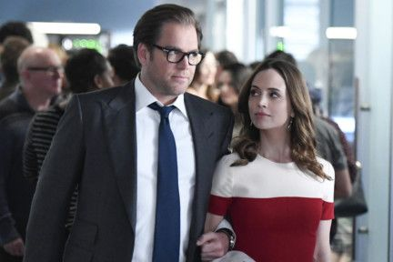 tab Michael Weatherly and Eliza Dushku in bull-1557989276660