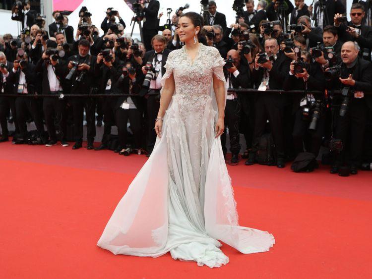 tab Gong Li  Cannes1-1558075275309