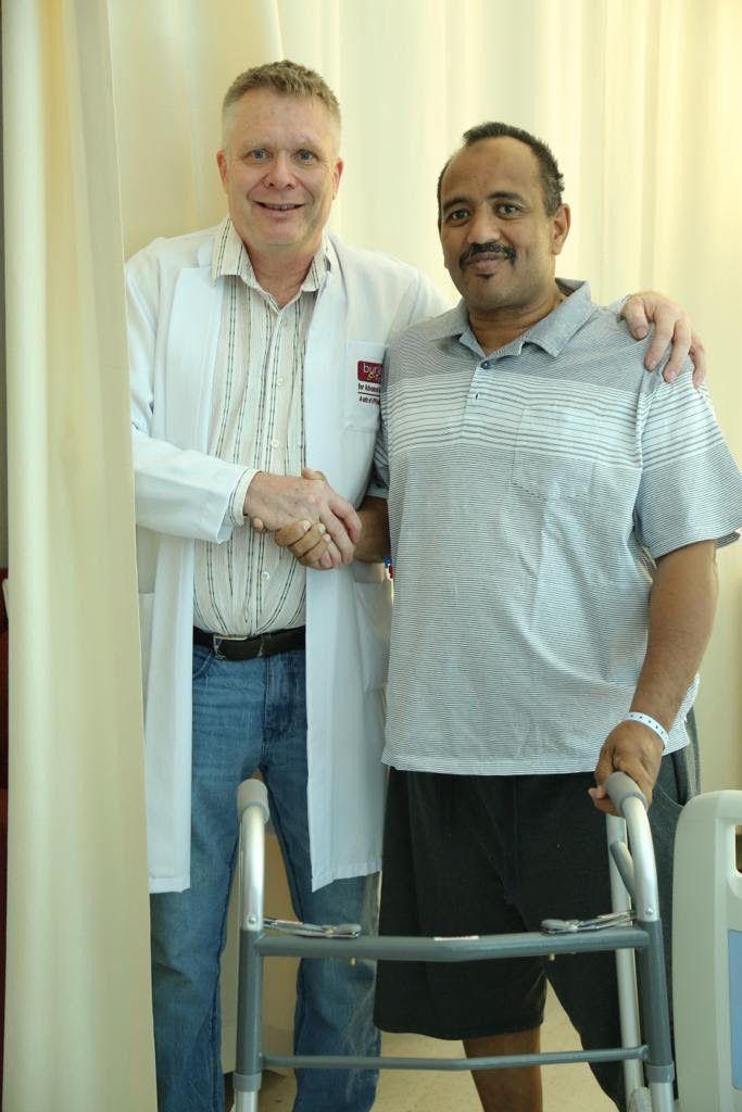 NAT_190516 Dr. Matthias & Patient - Muntasir Mohammad Elhassan Elnoor-1558261966392