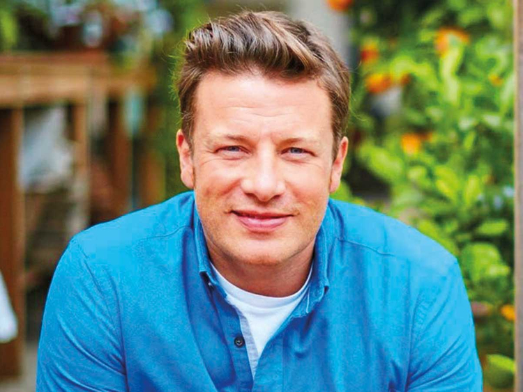 Jamie Oliver's restaurant chain collapses | Hollywood ...