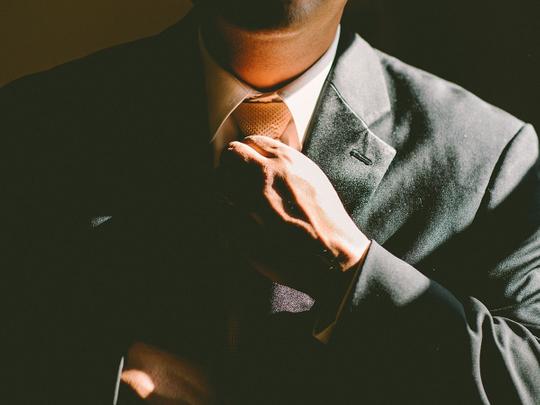 tie-690084_1920 businessman ceo
