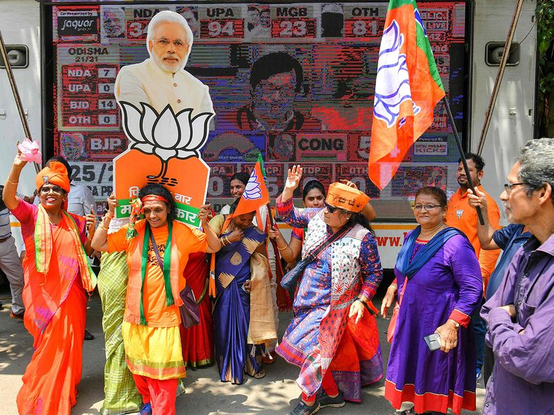 India elections 2019 live results, early trends: Saffron wash