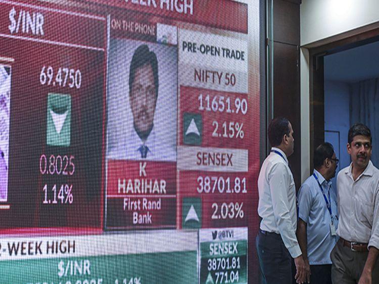 Modi win sends Sensex zooming to 40,000 level