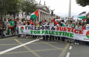 2014_8-9-protest-outside-israeli-embassy-in-Dublin10506835_10204632654324521_944183237386844469_o-1558871863571