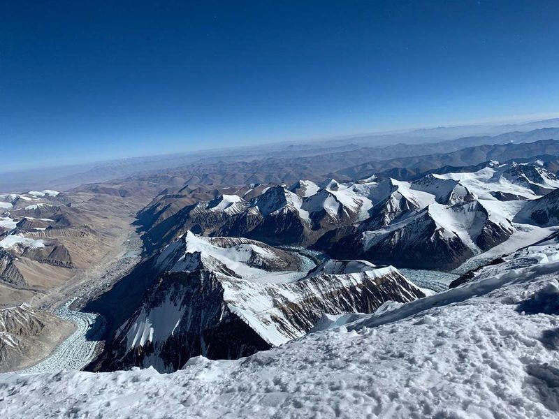EverestPicture