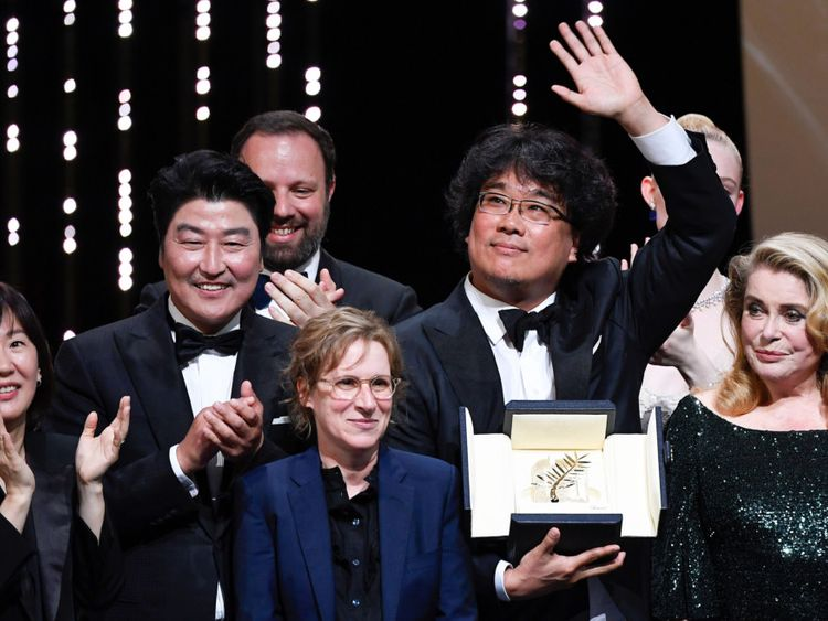 tab Bong Joon-ho Cannes winner4-1558852801495