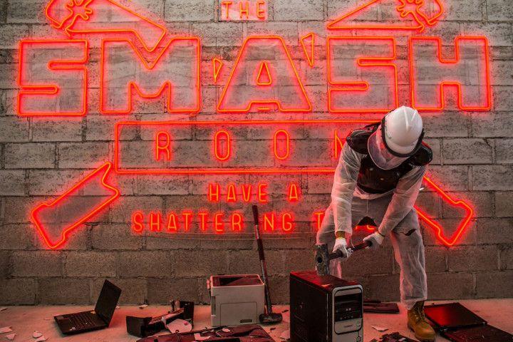 Smash Room-1558961733760