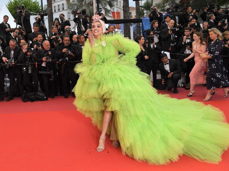 tab Deepika Padukone Cannes-1558948779103