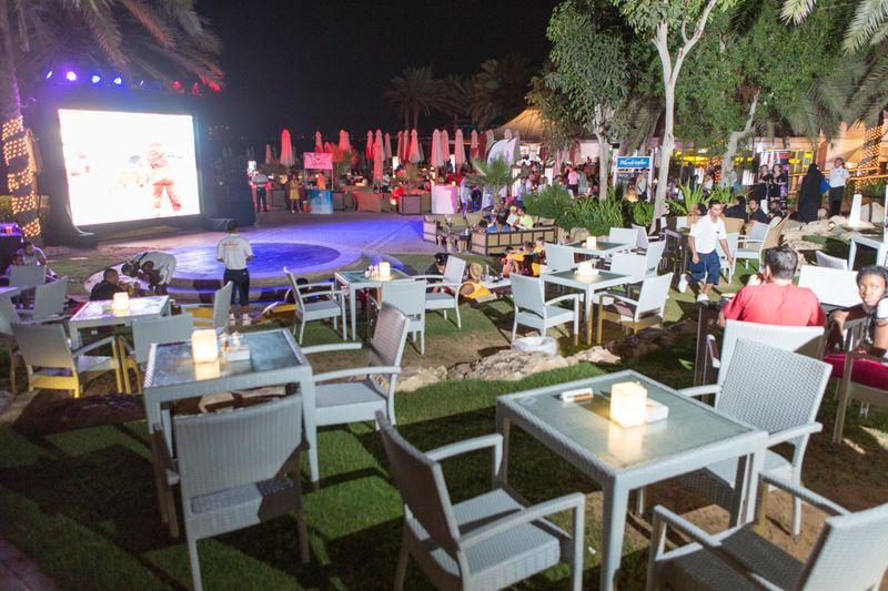 TAB 190529 WWW Hilton  jbr Wavebreaker Party-0859-1559108853201