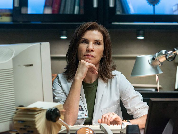 tab Julianna Margulies in The Hot Zone (2019)-1559110946593