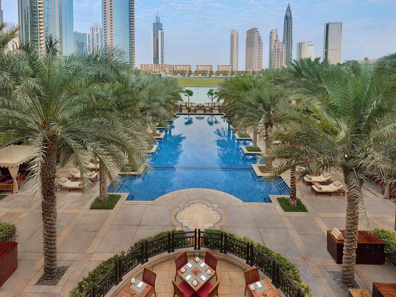 Palace downtown dubai pool
