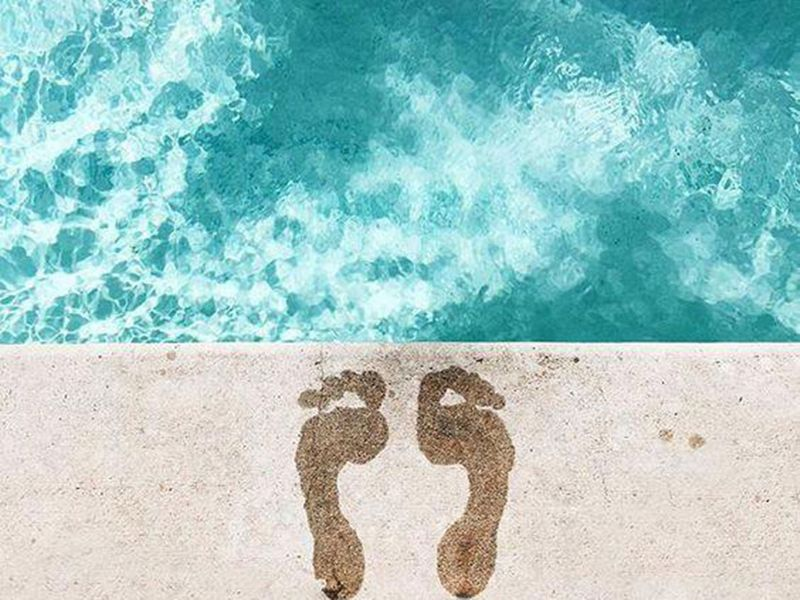 Pool days in Dubai