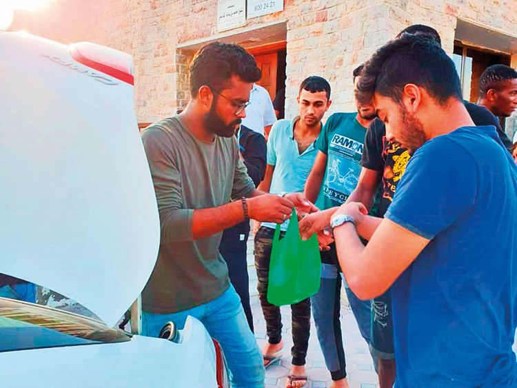 RDS_190603-CR---RAK-student-distributes-iftar-(Read-Only)