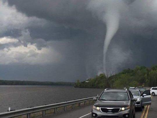 Canada tornado 190603