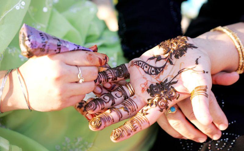 NAT EMIRATI WEDDING The Henna-1559751085531