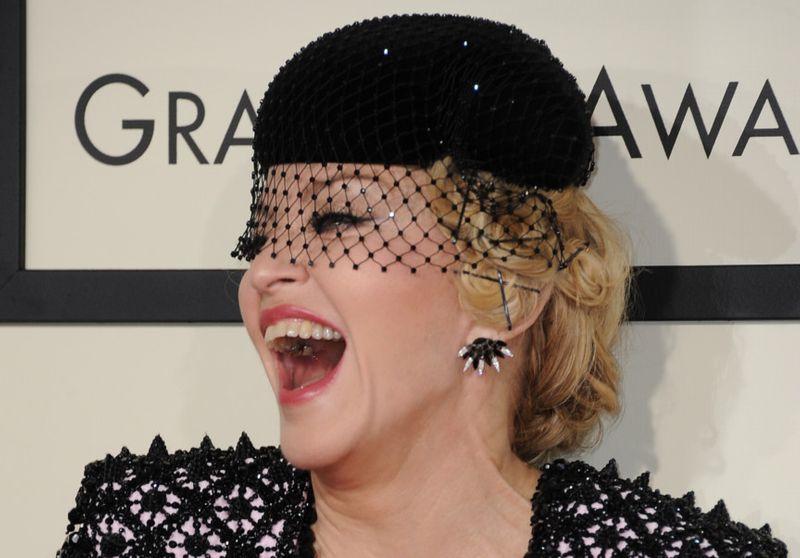 tab Madonna-1560064596747