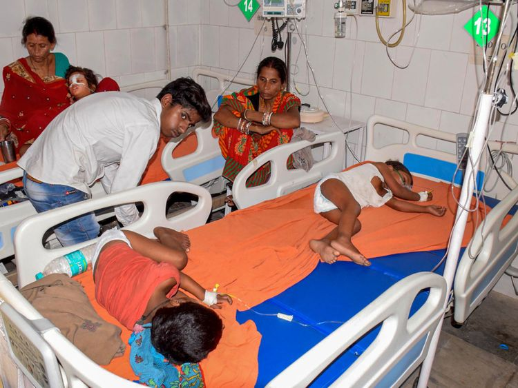 What is encephalitis, how did 53 children die in India