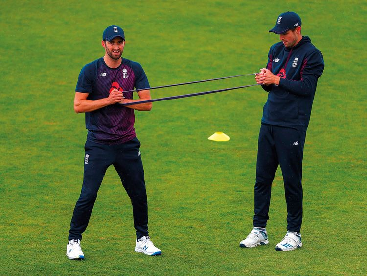 Mark Wood (L) and Chris Woakes