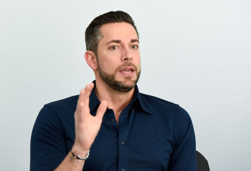 TAB_190412_ZACHARY LEVI_VS-1-1560679219482