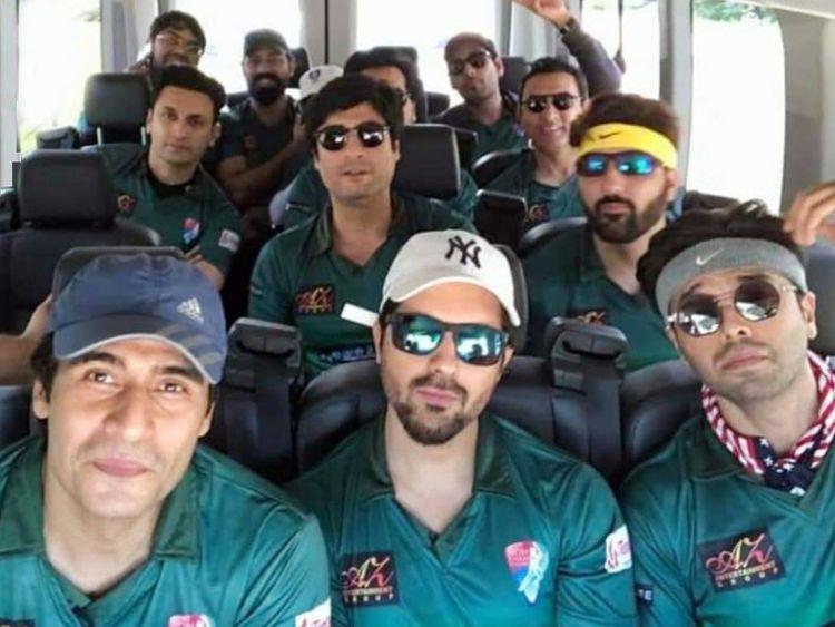 TAB 190617  Farhan Ali Agha, Asim Mehmood, Fahad Mustafa, and other TV actors all geared up play a cricket match in Dallas-1560767163352