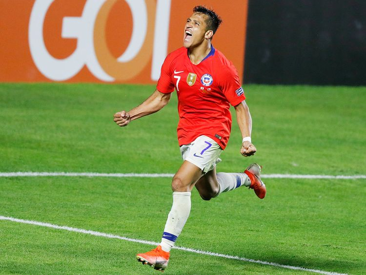 Chile's Alexis Sanchez celebrates