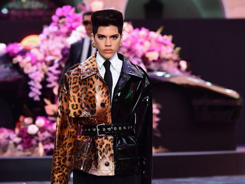 230efc44ac7 Milan Fashion Week 2019: Versace, Emporio spruce up men's style