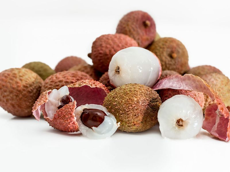 Are lychees causing deaths?