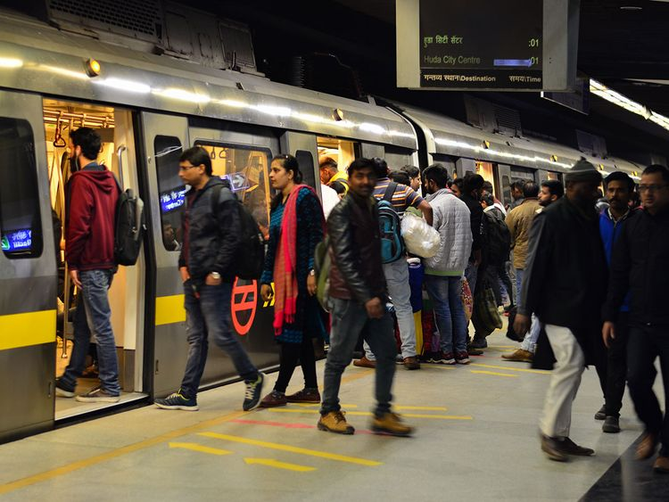 India-Rising-overview-boarding-train-for-web