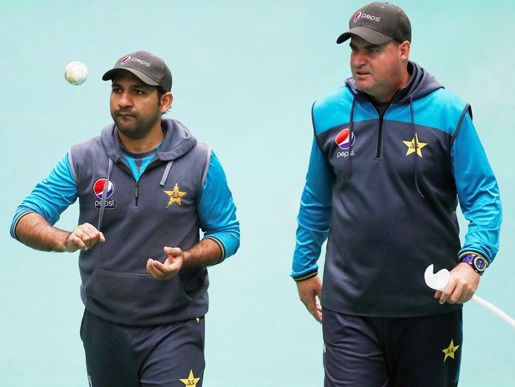 Pakistan coach Mickey Arthur (right) with captain Sarfaraz Ahmad