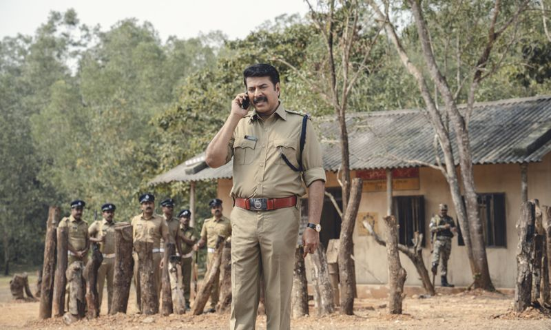 TAB 190626 Mammooty as SI Manikandan in Unda (3)-1561468568039